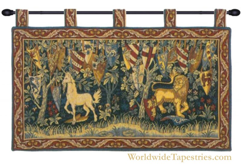 Lion et Licorne Heraldiques - With Loops Tapestry