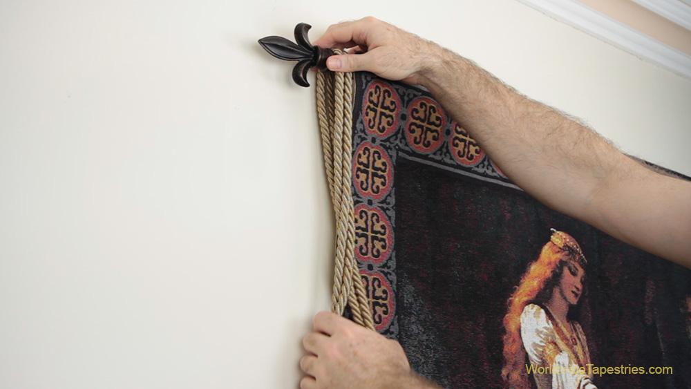 hang tassels