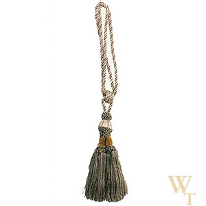 Earth Tassel